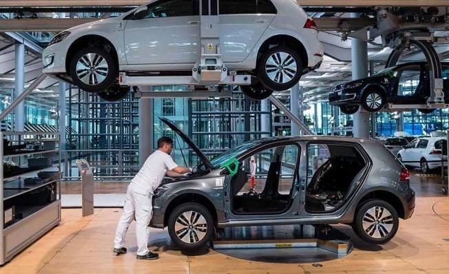 La poderosa Marca de Automóviles Volkswagen se prepara para Lanzar, hasta un millon de autos Electricos para finales de 2022