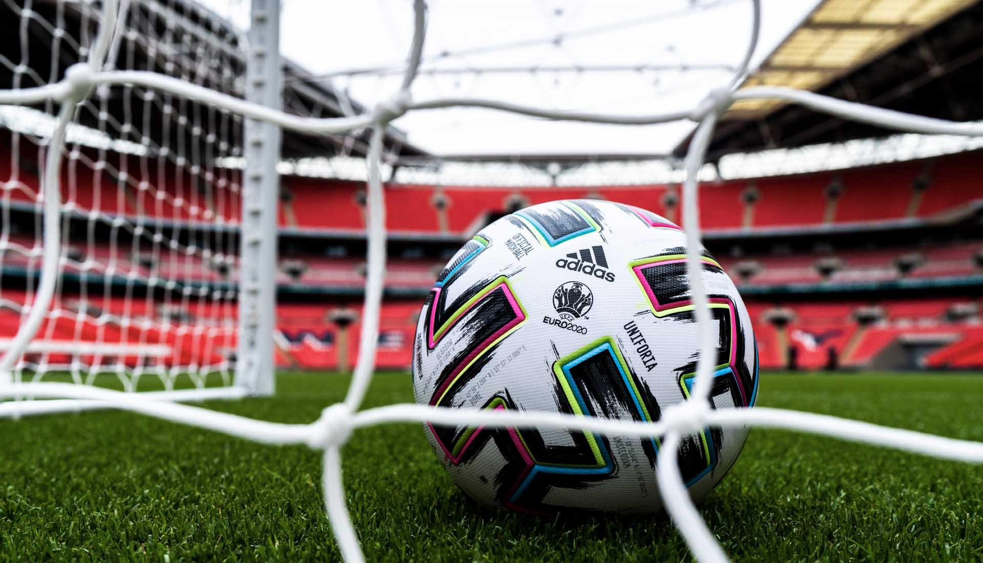 Adidas hace la presentación oficial del balón Uniforia, que se utilizara en la Eurocopa 2020.