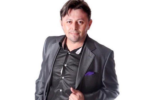El Capo del Modelaje, Héctor Ramos cuenta que sueña con tener en programa de radio
