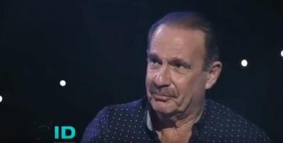 Arturo Rubín no contiene la emoción y e llanto en programa de Tv.